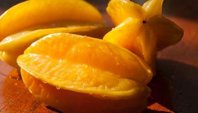Star Fruit (Kamrakh) in hindi
